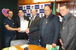 Marcos reivindica junto a Cherini apoio ao pequenos produtores rurais